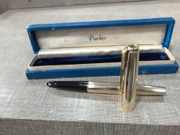 Caneta tinteiro Parker 61 banhada a ouro na caixa original