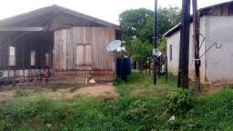 Vendo ou troco  casa no município de Beruri 30.000