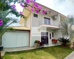 Casa duplex 3 quartos com móveis planejados/ varanda gourmet, Ouro Verde/ Rio das Ostras!