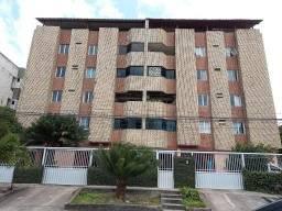 Apartamento sala, 3 Quartos sendo 01 suíte, elevador, 220 mil