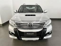 Toyota Hilux SW4 3.0 SRV 4X4 7 Lugares Revisada Impecável