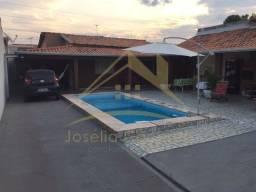 Casa com 2 quartos - Bairro Jardim Costa Verde em Várzea Grande