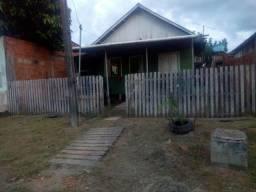 Vendo á madeira desta casa