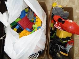 Brinquedos lote