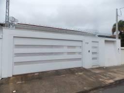 Título do anúncio: Casa para aluguel e venda com 300 metros quadrados com 3 quartos em Jardim América - Bauru