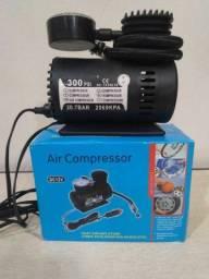 Mini compressor 12 V funciona ligado na bateria.