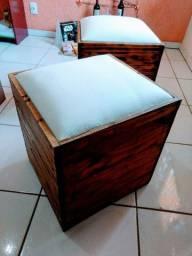 Vendo 2 Pufs madeira artesanal! Maria Paula / Niterói-RJ *buscar no local.