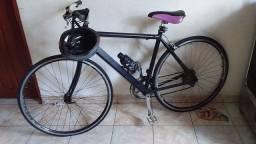 Título do anúncio: Vendo bicicleta 500reais e par de aliança romanel 100reais