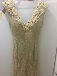 Título do anúncio: Vestido de Festa Dourado Bordado Fabulous