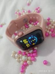 Título do anúncio: Smartwatch D28. Coloca foto na tela.(Botão lateral de enfeite) mimo uma xuxinha.