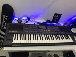 Teclado Arranjador Roland EXR-5s Profissional
