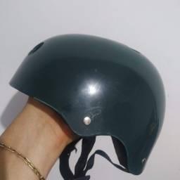 Capacete Infantil P / Verde Militar / Extremamente forte e robusto