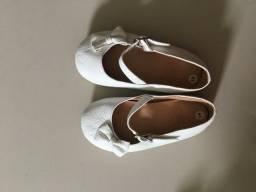 Título do anúncio: Sapatilha em couro Tamanho 19 Xixi Baby
