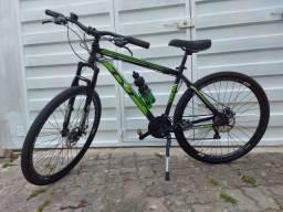 Bicicleta Tyt Aro 29 - Freio Disco + capacete + garrafa + medidor de km
