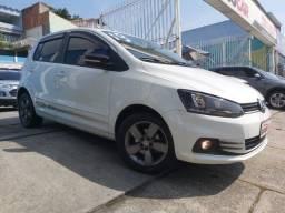 Volkswagen Fox 2019 Connect 1.6 - Único Dono