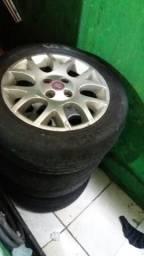 Roda 15 original da Fiat
