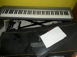 Yamaha piano p95