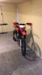 Vendo moto de trilha - 2003