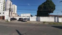 Alugo Casa Comercial no FAROL 3/4 ,Recepção , Almoxarifado, Estacionamentos
