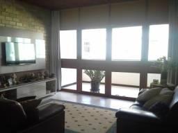 Maravilhoso 3 quartos com varanda e total conforto em Itapuã