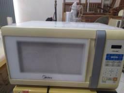 Microondas funcionando 120 reais