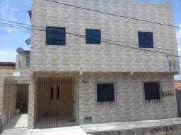 Casa no Santos Dumont 02 quartos