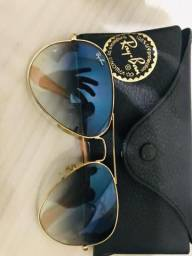 Vendo dois óculos da rayban seminovos