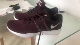 Tênis Nike nunca usado! TAM 36