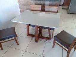 Mesa de jantar retangular menor 4 completa