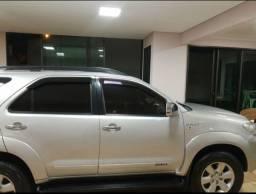 Toyota HiluxSw4 2009