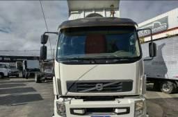 Título do anúncio: (G)Volvo VM 270 Carroceria - Compre Parcelado