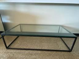 Mesa de centro em vidro