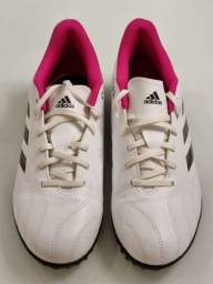 "Título do anúncio: Chuteira Adidas ""40"