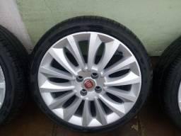 Jogo de rodas 17 Fiat com pneus novos.
