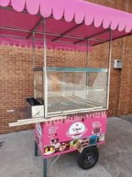 carrinho de bolo vitrine e bandejas rosa