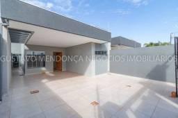 Belíssima casa térrea nova no bairro Rita Vieira 1-  Com duas suites