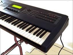 Teclado Sintetizador Yamaha EX7
