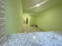 Maravilhoso quarto e sala no Posto 4 em Copacabana!