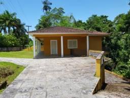 Casa de Praia com 5 Quartos - 4 Banheiros - Angra dos Reis - RJ