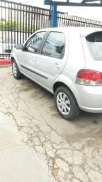 Fiat Palio com manual e chave reserva - 2007