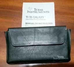 Calculadora Científica Texas Instruments TI-35 Galaxy