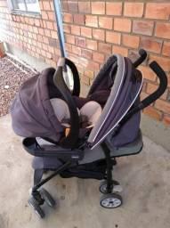 Carrinho Chicco Neuvo com bebê conforto e base