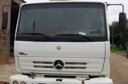 Caminhão 1718 Mercedes 2011/2012 - 2012