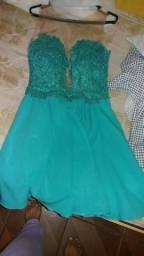 Vende-se vestido de festa curto