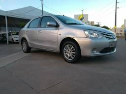 Toyota Etios sedan 1.5 xs - 2013