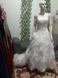 Loja de vestidos de festa (negócio)