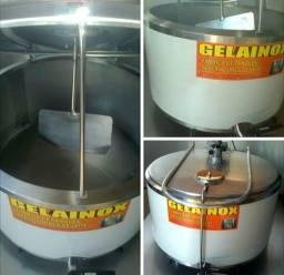 Tanque resfriador de leite e ordenhas