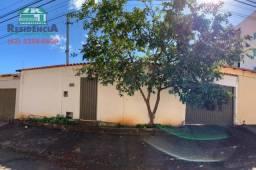 Casa com 1 dormitório para alugar, 50 m² por R$ 650,00/mês - São Carlos - Anápolis/GO