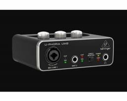 Interface Audio Usb Behringer U-Phoria Um2<br><br>