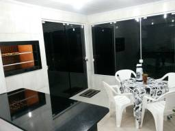 Excelente casa e apartamentos em Torres com ar condicionado